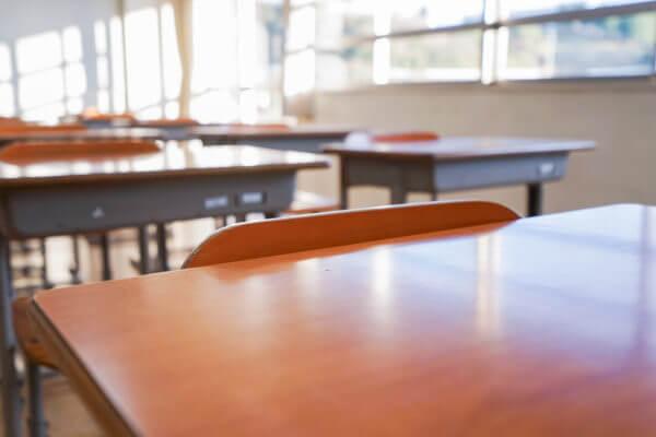 31歳 女性 会社員 予備校教師の事例